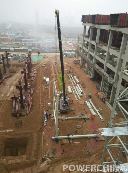 【电厂】大唐巩义除尘项目2号炉袋式除尘器钢结构正式起吊 行业资讯