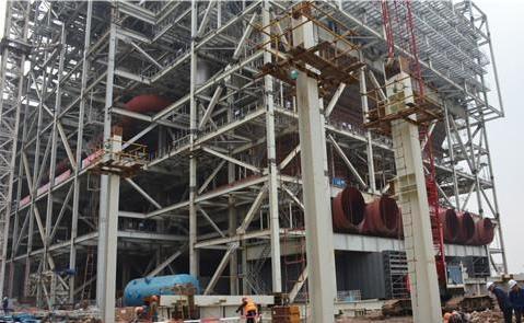 【电厂】华电芜湖二期项目部3号机组锅炉进口烟道支架顺利开吊 行业资讯