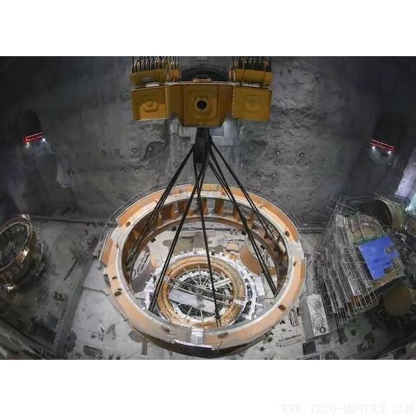 【电厂】乌东德水电站工程12台机组座环全部吊装完成 行业资讯 第1张