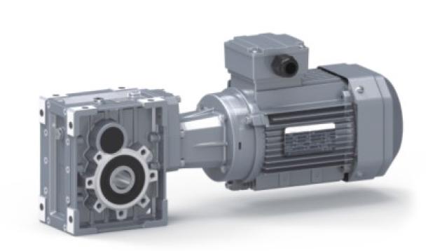 东元TKM系列斜齿-准双曲面齿轮减速机